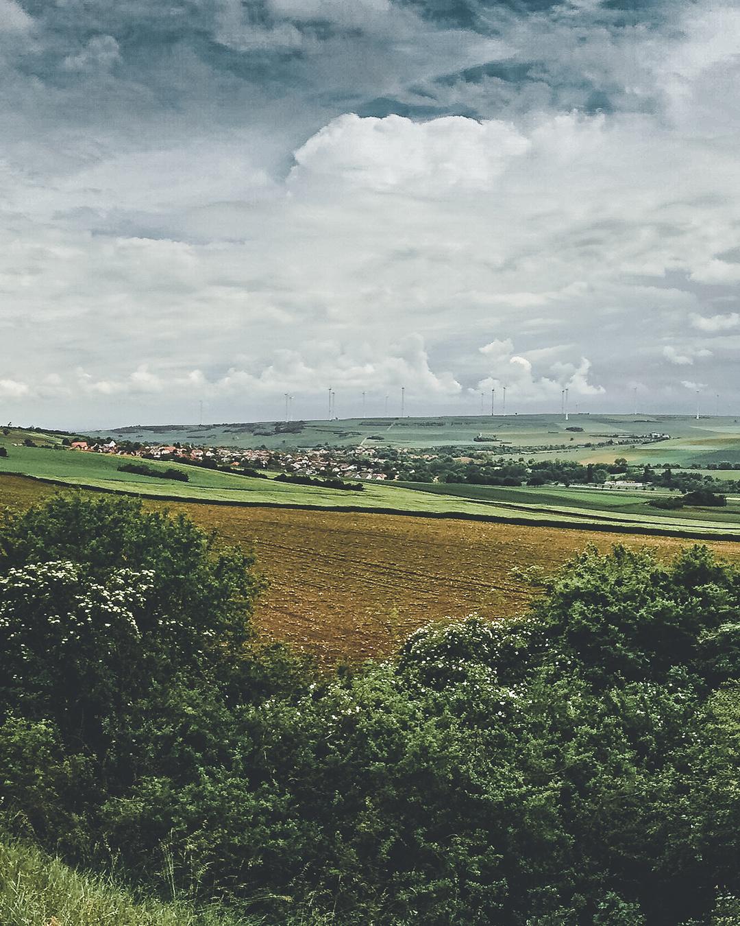 Panorama am Osterberg zwischen Stetten und Einselthum mit Blick auf das Zellertal